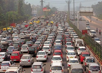 Why Travelling During Peak Hours Is Difficult In The Metro Cities?