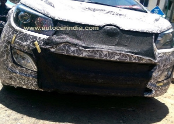 Interiors Of Mahindra MPV U321 Spied During Test Drive
