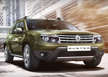 Indian Auto Expo 2016: Facelift Renault Duster caught camouflaged, ready for unveil