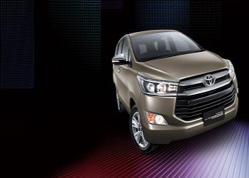 Toyota Innova Cross : To make its first appearance during Indian Auto Expo 2016