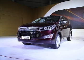 Toyota to commence bookings of Innova Crysta from March 2016