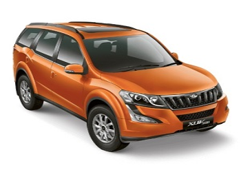 Mahindra Launches Petrol Variant of XUV500, Priced Rs. 15.49 Lakh