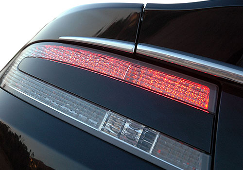 Aston Martin DBS Tail Light Exterior Picture