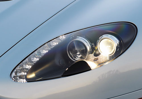 Aston Martin V12 Vantage Headlight Exterior Picture