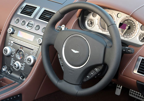 Aston Martin V8 Vantage Steering Wheel Interior Picture