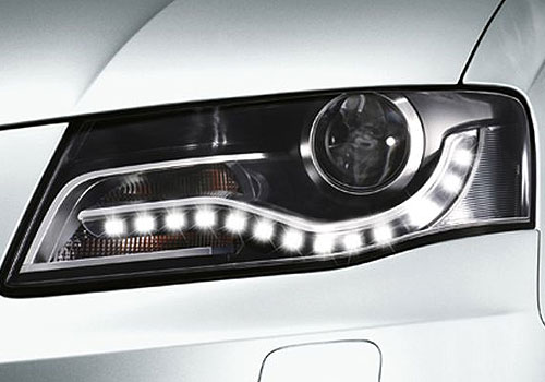 Audi A4 Headlight Exterior Picture
