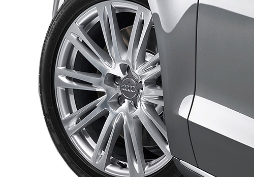 Audi A8 Wheel and Tyre Exterior Picture