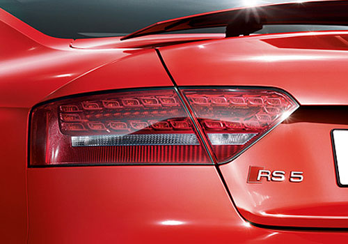 Audi RS5 Tail Light Exterior Picture