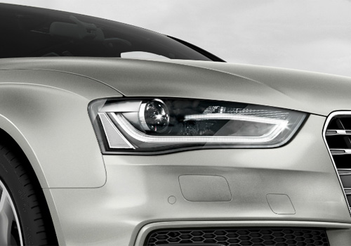 Audi S4 Headlight Exterior Picture