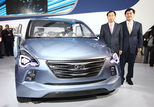 Hyundai HND 7 Pictures