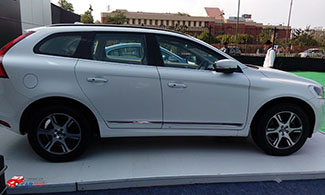 New XC 60 Side View
