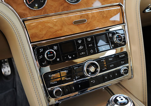 Bentley Mulsanne Stereo Interior Picture