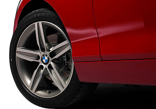 BMW 1 Series Wheel and Tyre Exterior Picture