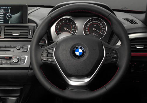 BMW 1 Series Steering Wheel Interior Picture