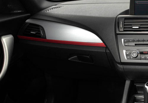 BMW 1 Series Side AC Control Interior Picture