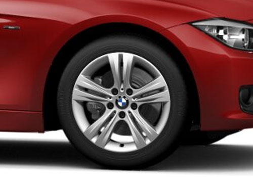 BMW 3 Series Wheel and Tyre Exterior Picture