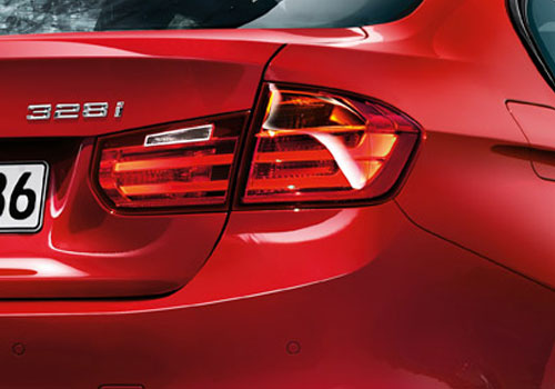 BMW 3 Series Tail Light Exterior Picture