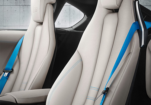 BMW i8 Front Seats Interior Picture