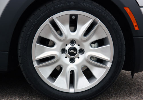BMW Mini Cooper Wheel and Tyre Exterior Picture
