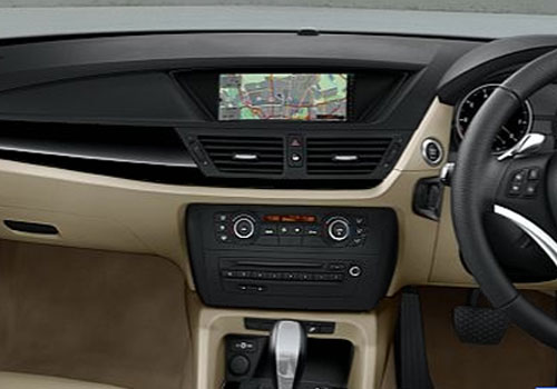 BMW X1 Stereo Interior Picture