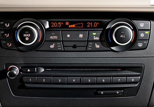 BMW X1 Rear AC Control Interior Picture
