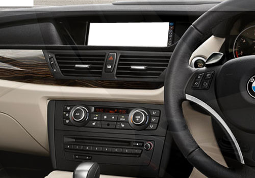 BMW X1 Front AC Controls Interior Picture