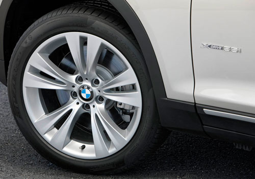 BMW X3 Wheel and Tyre Exterior Picture