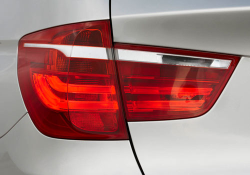 BMW X3 Tail Light Exterior Picture