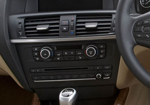 BMW X3 Front AC Controls Interior Picture