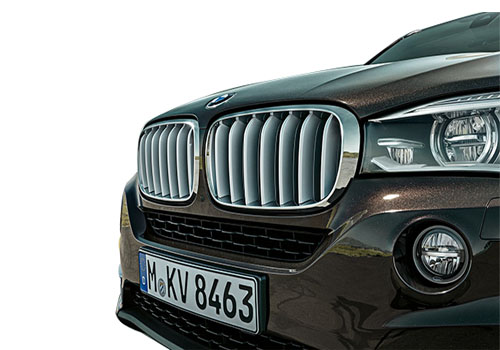 BMW X5 Front High Angle View Exterior Picture