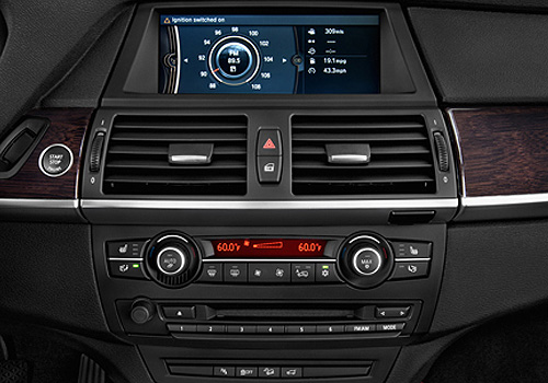 BMW X6 Stereo Interior Picture