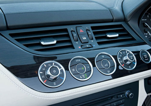 BMW Z4 Front AC Controls Interior Picture