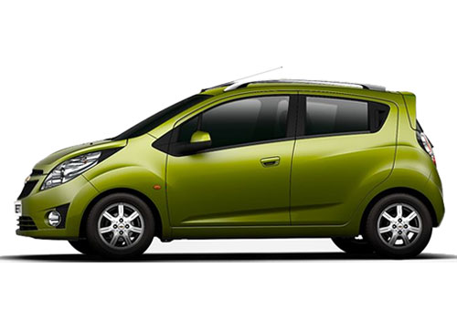 Chevrolet Beat Front Angle Side View Exterior Picture