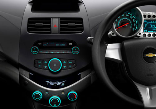 Chevrolet Beat Front AC Controls Picture