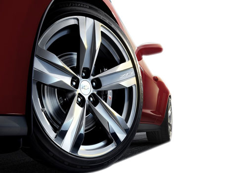 Chevrolet Camaro Wheel and Tyre Exterior Picture