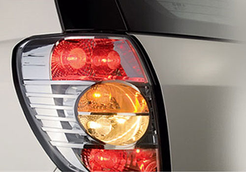 Chevrolet Captiva Tail Light Exterior Picture