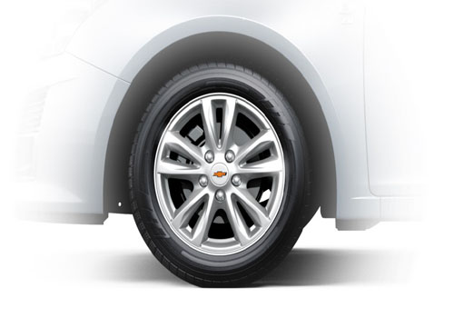 Chevrolet Cruze Wheel and Tyre Exterior Picture