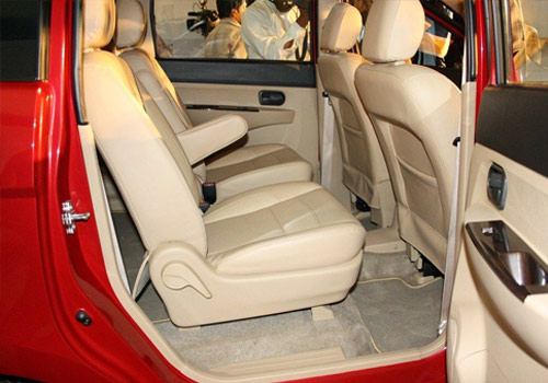 Chevrolet Enjoy Inside Driver Side Door Open Interior Picture