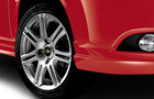 Chevrolet Optra Magnum Wheel Pictures