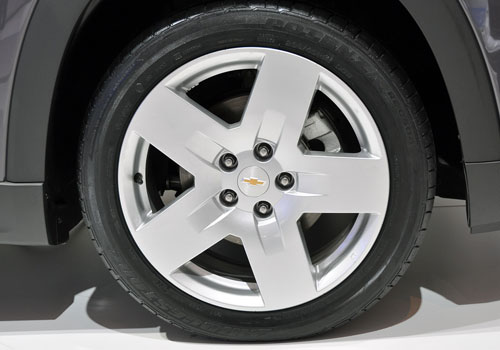 Chevrolet Orlando Wheel and Tyre Exterior Picture