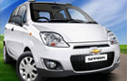 Chevrolet Spark in Summit White Color
