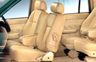 Chevrolet Tavera Fornt Seats Pictures