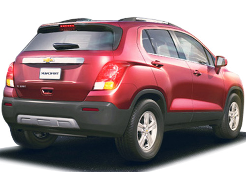 Chevrolet Trax Rear Angle View Exterior Picture