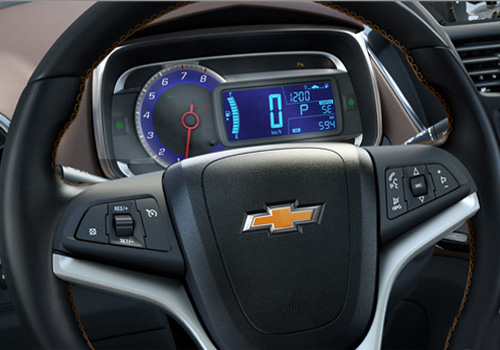 Chevrolet Trax Steering Wheel Interior Picture