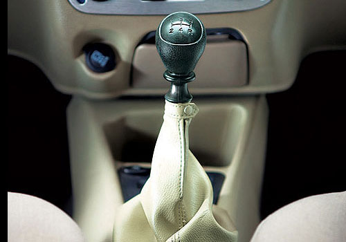 Fiat Palio Stile Gear Knob Interior Picture