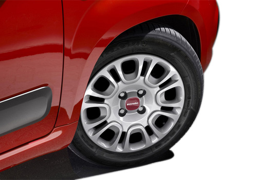 Fiat Panda Wheel and Tyre Exterior Picture