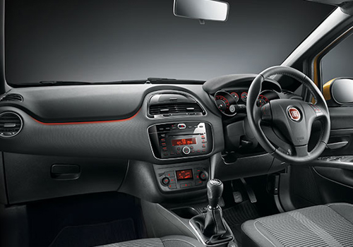 Fiat Punto EVO Dashboard Interior Picture