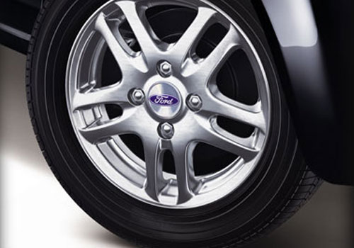Ford Fiesta Classic Wheel and Tyre Exterior Picture