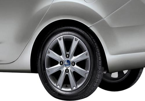 Ford Fiesta Wheel and Tyre Exterior Picture