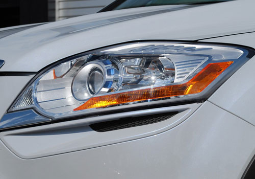 Ford Kuga Headlight Exterior Picture